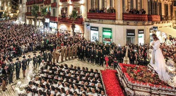 Nuestra cafetería de Larios, otro año en la Semana Santa de Málaga